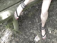 Ballade en foret 2 - foot fetish