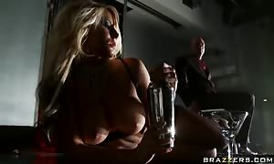 beautiful blonde Madison Ivy shows Off Her good Body For Him