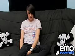 Emo twink Roxy enjoys a glass dildo while he wanks his cock