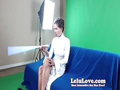 WEBCAM: Girl dressed as Princess Leia plays with light saber & masturbates