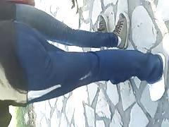 teen marcando calzoncito