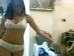 indian girls dancing in bra pantry(old clip)