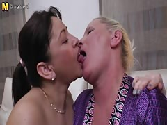 Girl fucked by lesbian granny and not her mom
